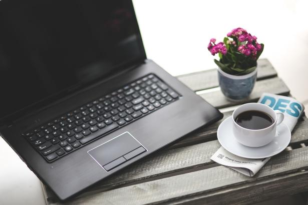 coffee-cup-laptop-notebook.jpg